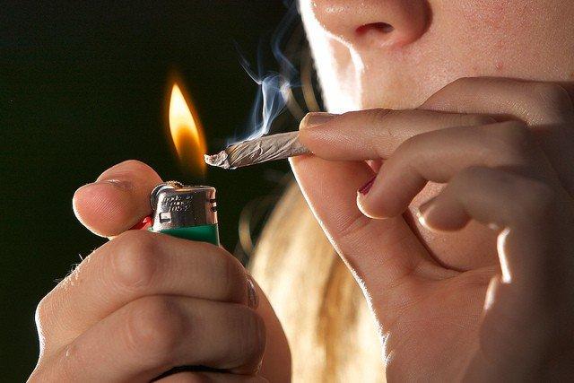 marijuana-smoker1